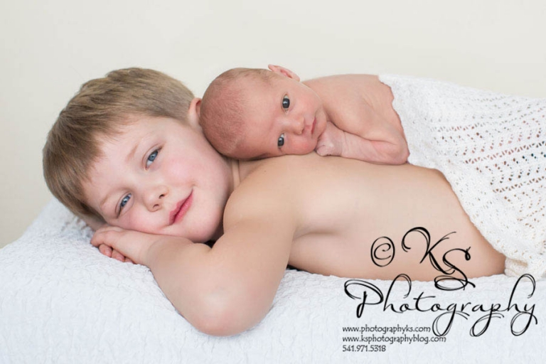 Big Brother and Newborn KS Photography